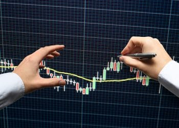 Top to Bottom Strategies of Analyzing Currency Pairs in Forex