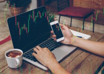 How to Use Engulfing Candlesticks in Technical Trading